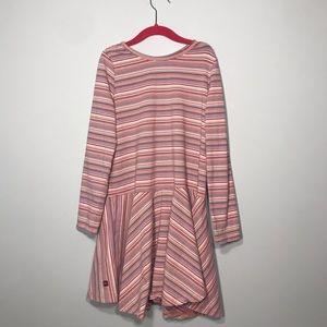 Girls kind sleeve cute comfy dress!